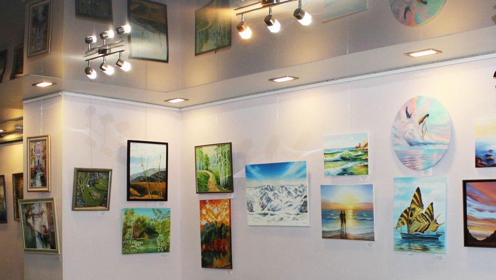 В галереї «Бузок» відкрилась виставка живопису