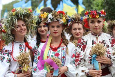 ukraynskye-devushky-121799-Tmy0NM9K-1024x683