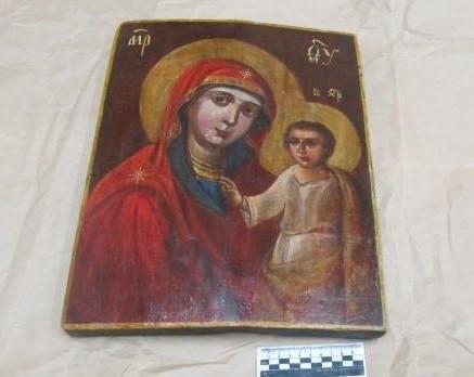 Слобожанські митники завадили вивезенню старовинної ікони