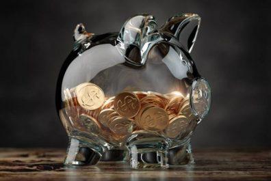 depositphotos_376220966-stock-photo-piggy-bank-with-golden-coins
