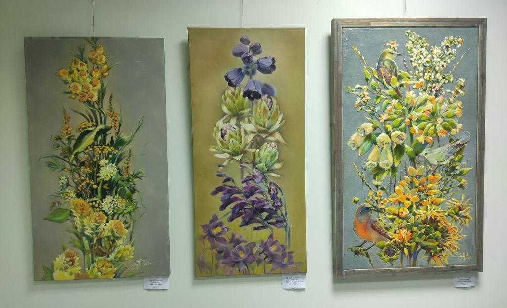 В галереї «Бузок» відкрилась виставка живопису «Різноцвіття»