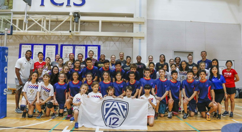 Pac-12 Volleyball All-Star team hosts youth clinic in ...