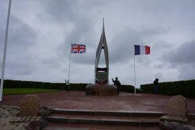 Monumento da praia de Sword