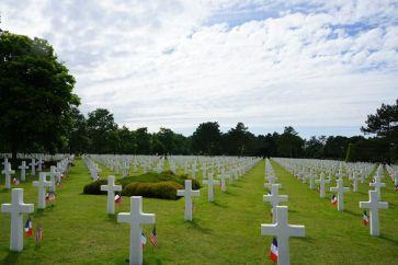 Cemitério dos EUA na Normandia, o maior cemitério militar do país fora de seu território