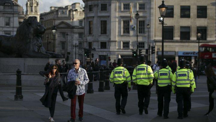 Attentat de Manchester : l'enquête privilégie un réseau organisé