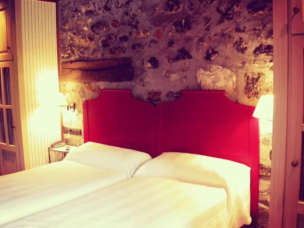 Xarma, alojamientos con encanto - Hotel-restaurante Antsotegi