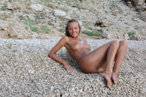X-Art Clover The Naturist 2