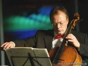 Martin Merker - Violoncello