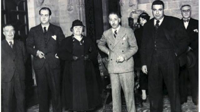 Natividad Yarza, con el president Lluís Companys (a su izquierda).