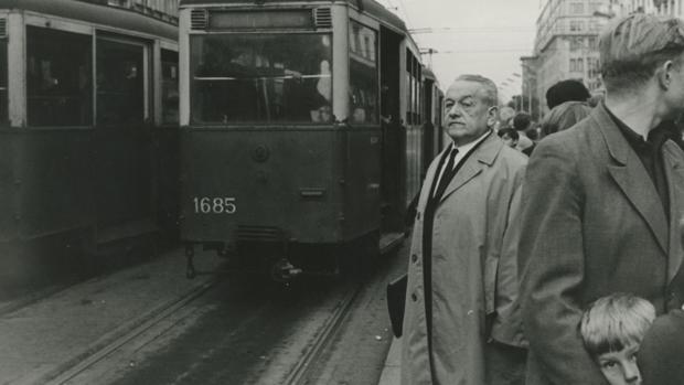 Leopold Trepper, en las calles de Varsovia, en 1967. Durante la segunda Guerra Mundial, la única imagen que se le hizo fue la de su detención por parte de los nazis - ABC