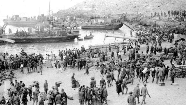 Imagen del 8 de septiembre tras el desembarco de las tropas españolas en Alhucemas - hemeroteca de ABC