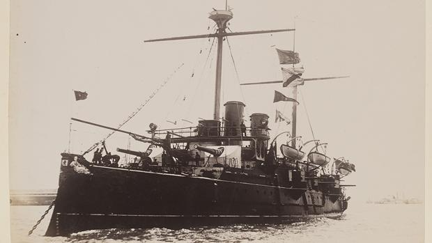 El crucero Reina Regente, en 1895 - DeGolyer Library