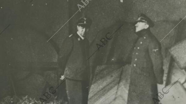 Adolf Hitler, en el búnker de la Cancillería - ABC