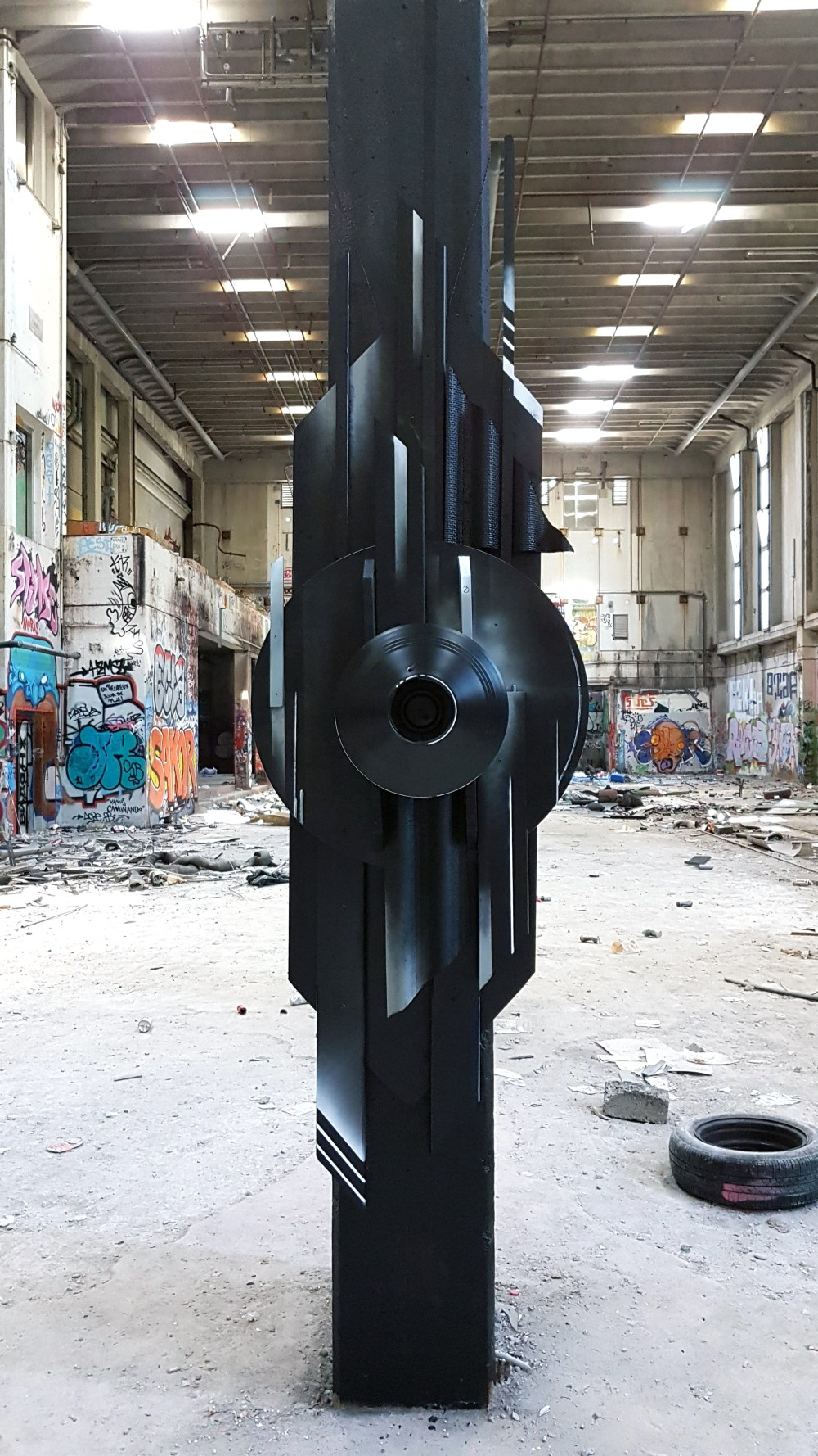 The Guardian URBEX MAGALDI Graffiti Sculpture 2018 - (1)