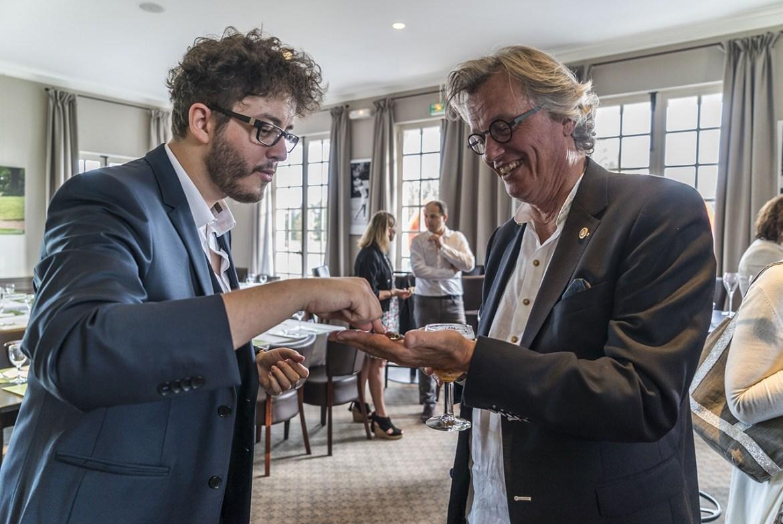 Prestation cocktail pour Rotary Club de Roubaix Est - xavitch magicien