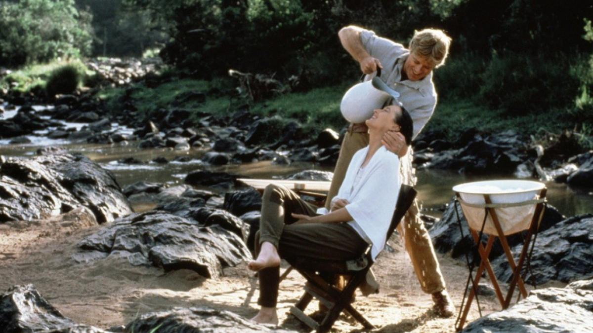 Meryl en Robert washing hair