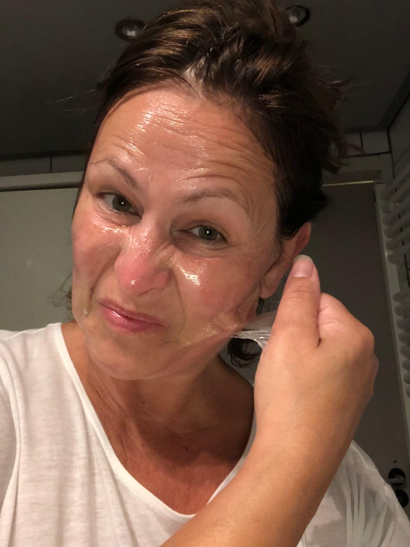 peeling off mask