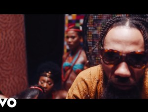 Phyno Vibe Ft Flavour Video
