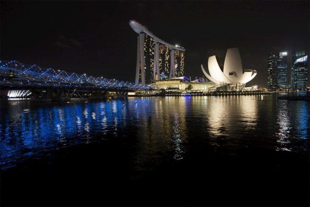 Marina Bay Sands & Helix Bridge