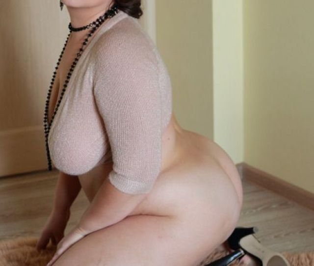 Hot Sexy Plus Size Nude Curvy Women