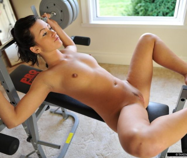 Girls Working Gym Nude Hot Out