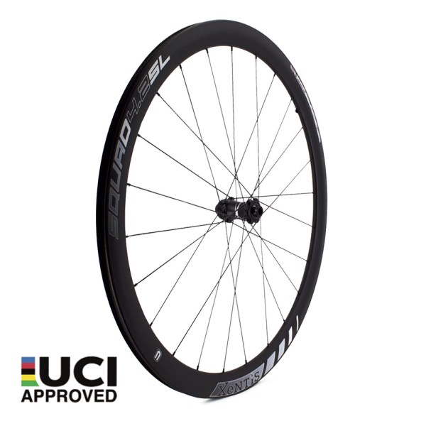 xentis_squad_4_2_sl_white_front_carbon_wheel_UCI_approved