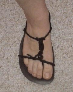 Lee Chase's Barefoot Sandal Tying Method