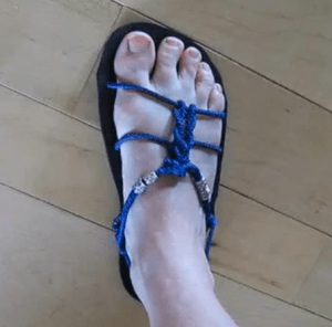 Ande's Barefoot Sandal Tying Style #1