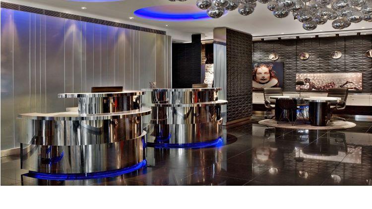 W London hotel lobby