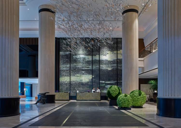 Lobby of the Shangri-La Singapore hotel