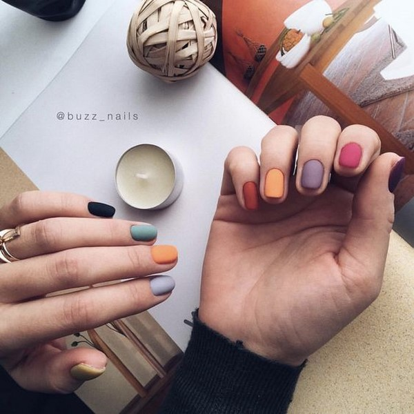 Colored nail designs 2022