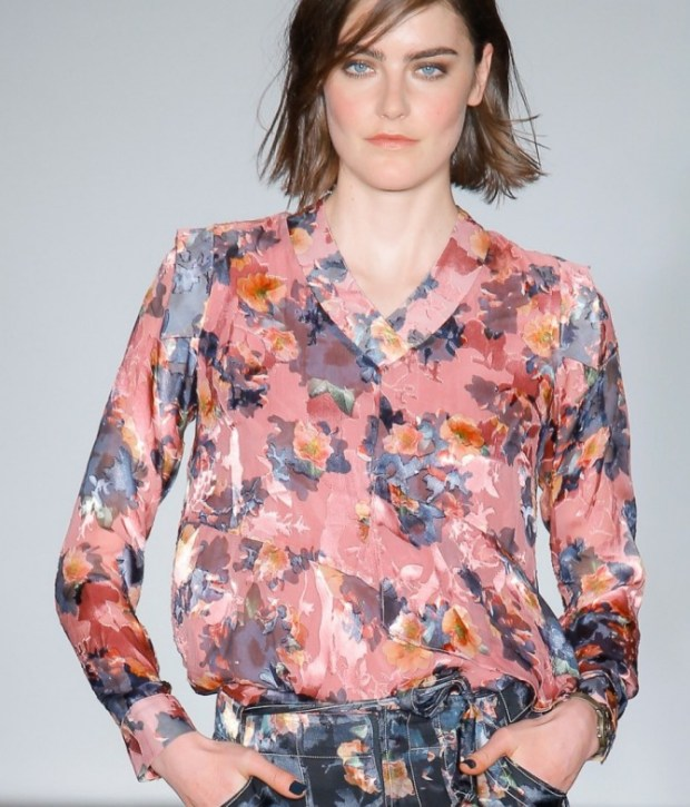 Women blouses 2019 with floral print