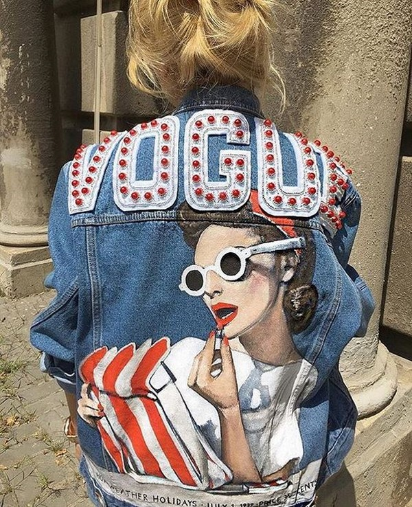 Fashionable denim jackets with drawings 2019