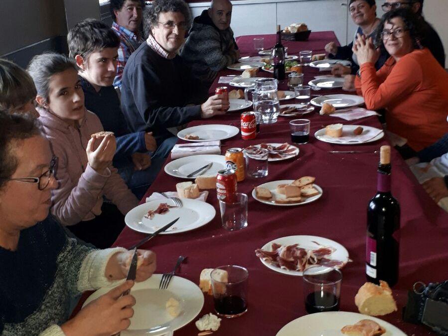 Comida de hermanamiento Legutiano