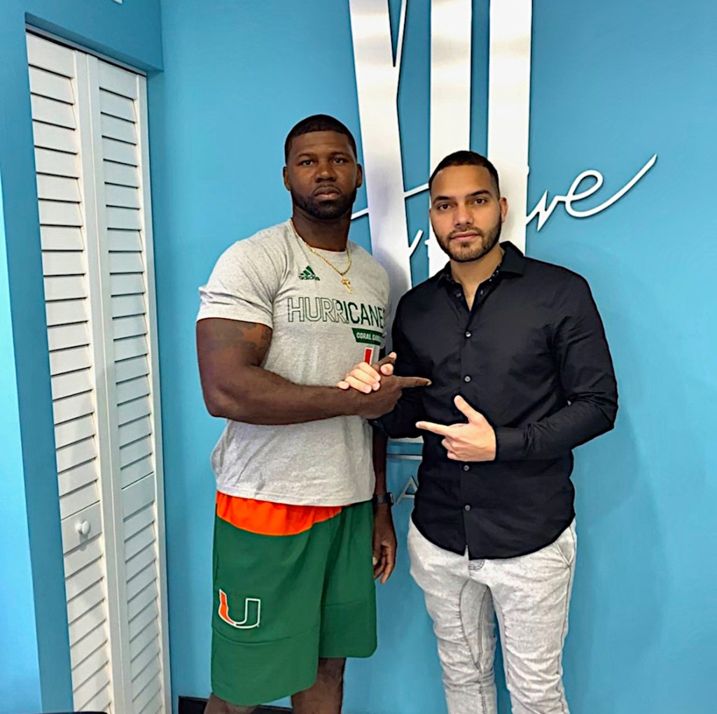 devin-hester-miami-beach-barber-shop