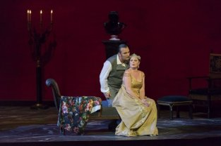 Ludovic Tézier i Martina Serafin a TOSCA acte 2on Fotografia © Ch. Duprat (OPN)