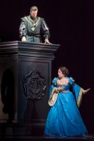 John Relyea (Enrico VIII) i Sondra Radvanovsky (Anna Bolena) a Anna Bolena a la Lyric Opera de Chicago 2014