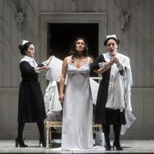Anna Netrebko (centre) in the title-role of Tchaikovsky's Iolanta (photo Marty Sohl/Metropolitan Opera)