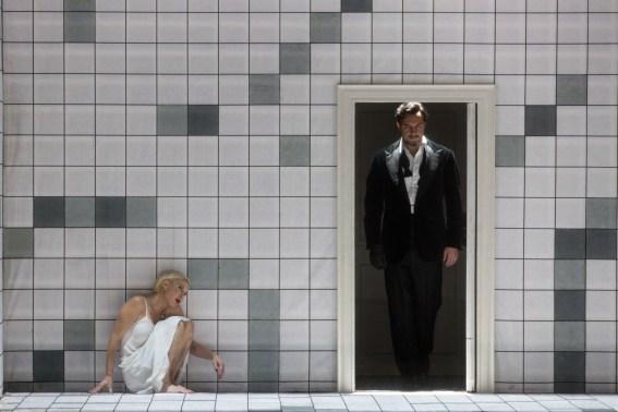 Nadja Michael i Mikhail Petrenko a El castell de Barbablava al MET Marty Sohl/Metropolitan Opera