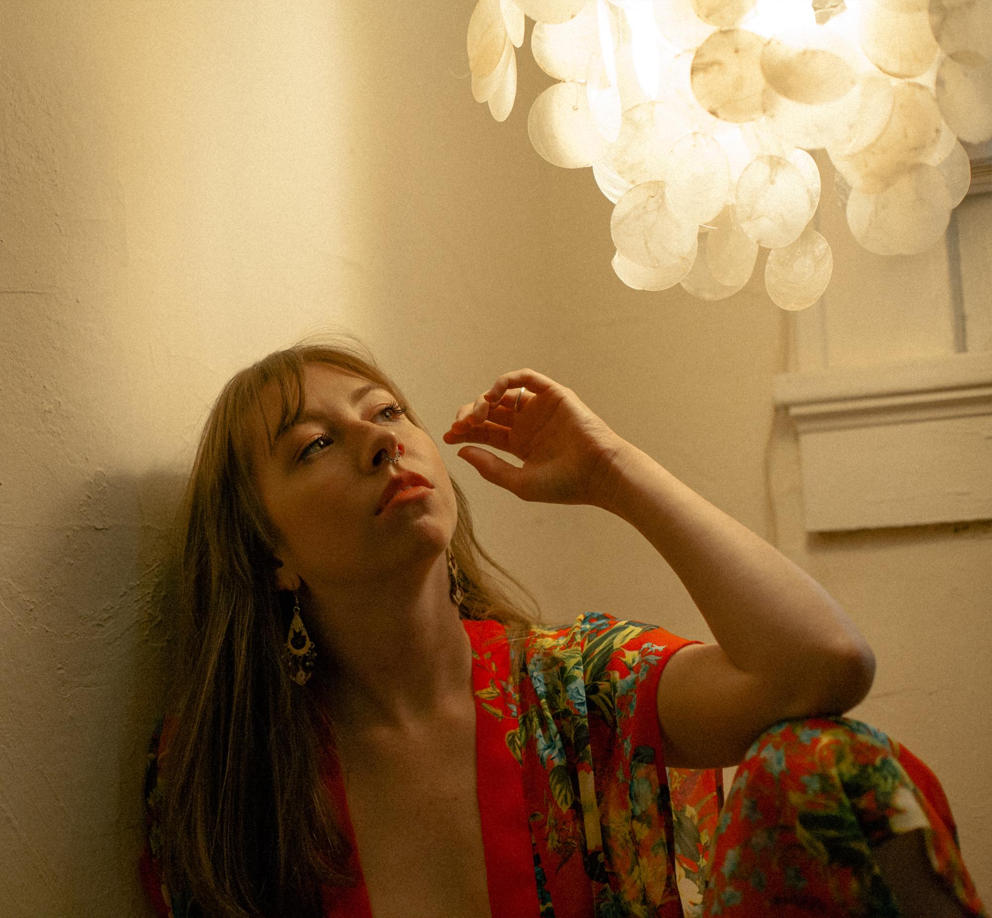 girl under lamp