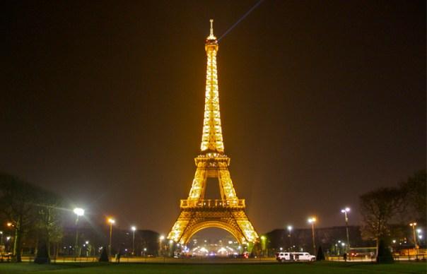 Agence Seo paris by night