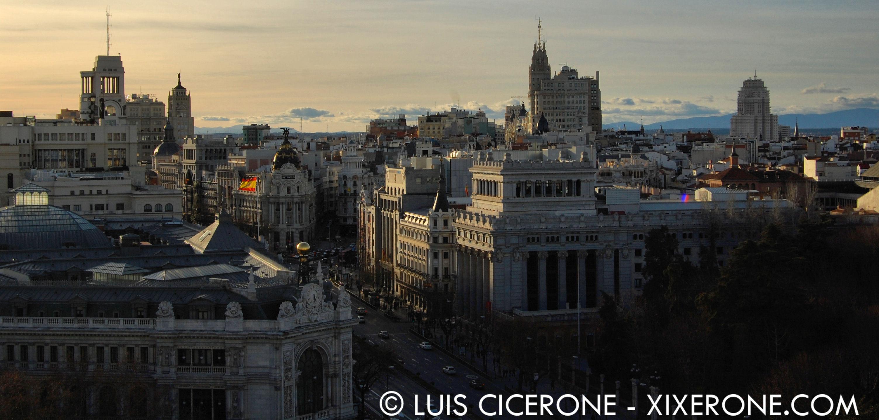 Palacio De Cibeles Y Su Mirador Panorámico