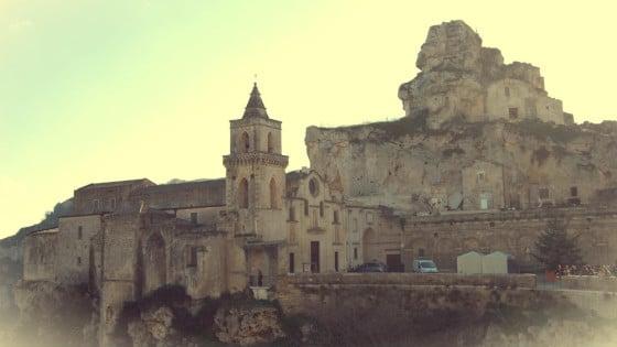 Iglesia en el acantilado