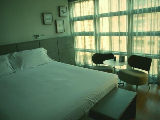 Hotel Reina Petronila - Habitación