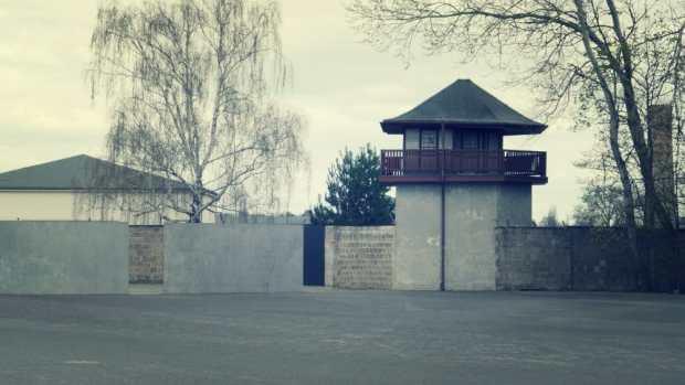 Torre de vigilancia - campo de Sachsenhausen en Oranienburg (Berlín)