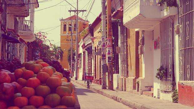 Frutas y calle