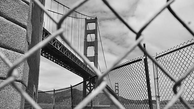 Golden Gate Bridge desde abajo