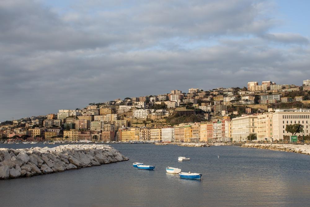 Dove alloggiare a Napoli - Lungomare Caracciolo