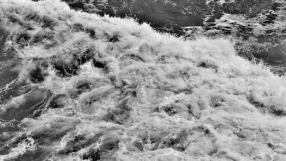 Las aguas bajo el puente