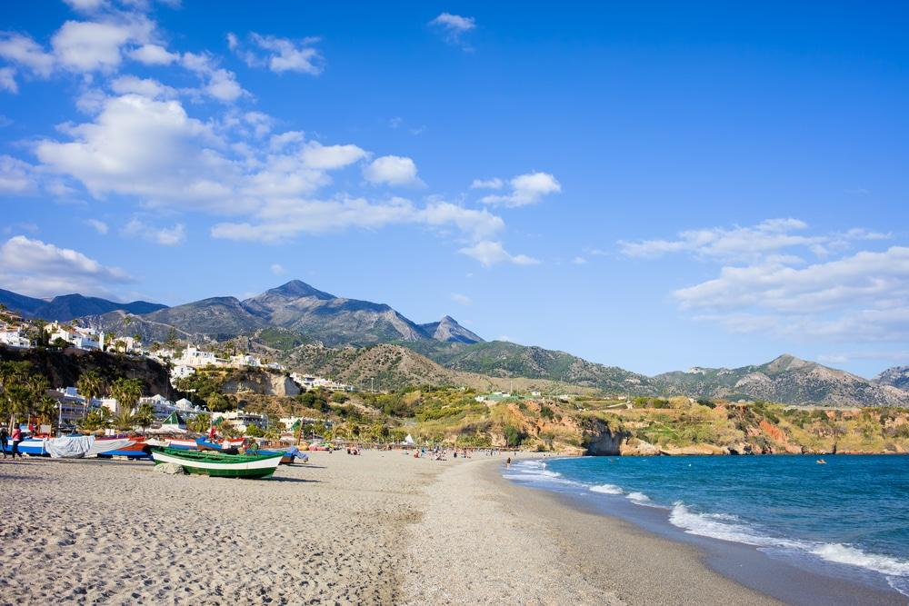 Playa de Burriana - Mejores playas de Málaga provincia